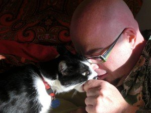 Jackson Galaxy and one of his cat friends